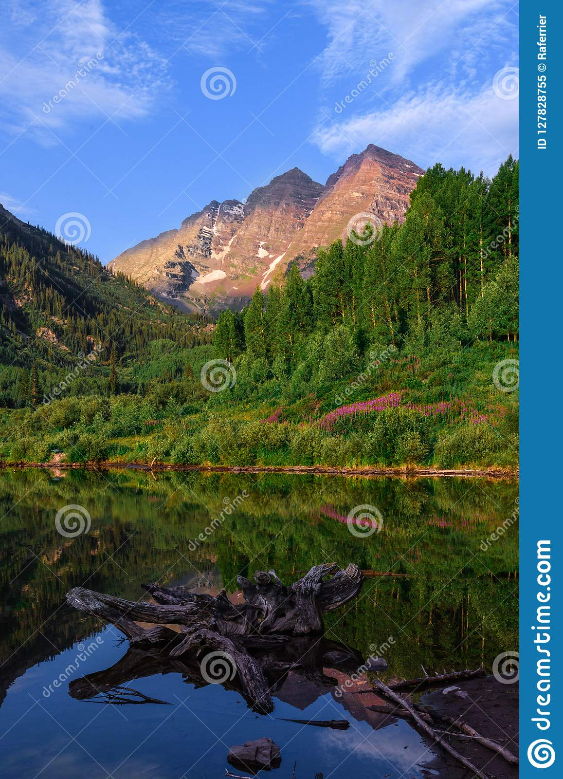Maroon Bells Mountain Landscape Stock Image Image Of Butte