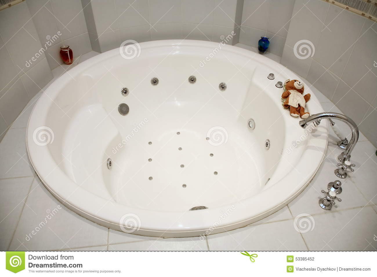 Picture Of Round White Hot Baths Bathroom Decorated With Bright ...