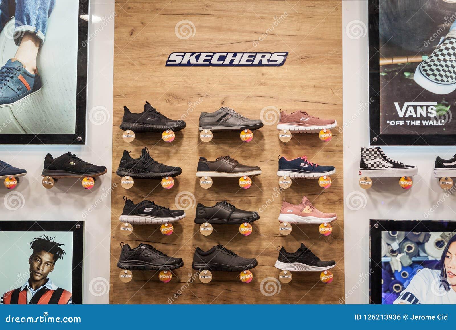 skechers shoe company