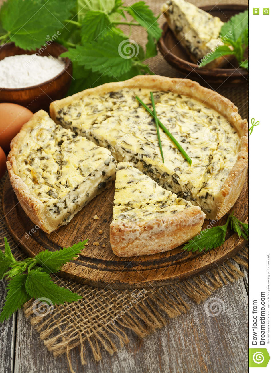 Pie with nettle
