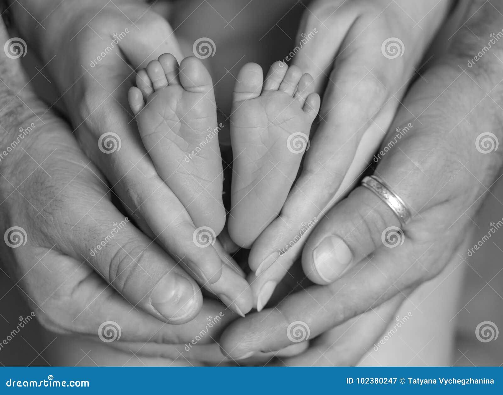 Sindrome dei piedi urenti, ovvero camminare sui carboni ardenti
