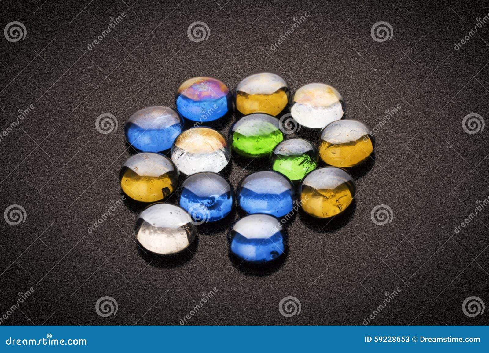 Download Piedras coloreadas imagen de archivo. Imagen de imagen - 59228653