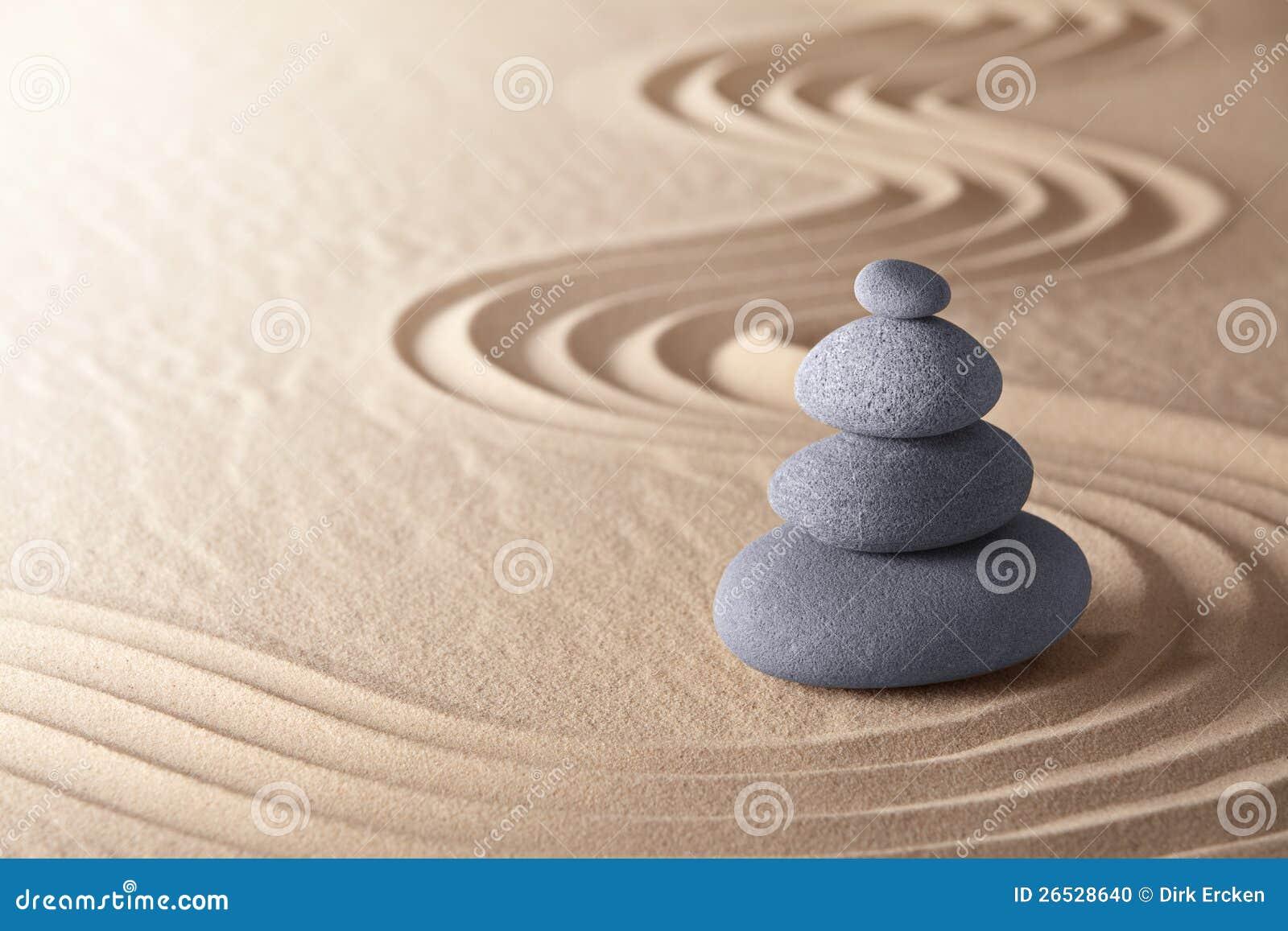 Piedras del balance del jardín de la meditación del zen