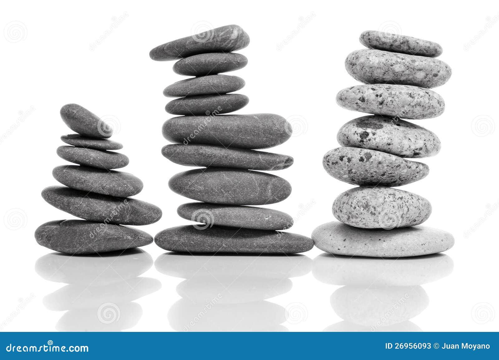Piedras equilibradas del zen fotos de archivo imagen for Fotos piedras zen