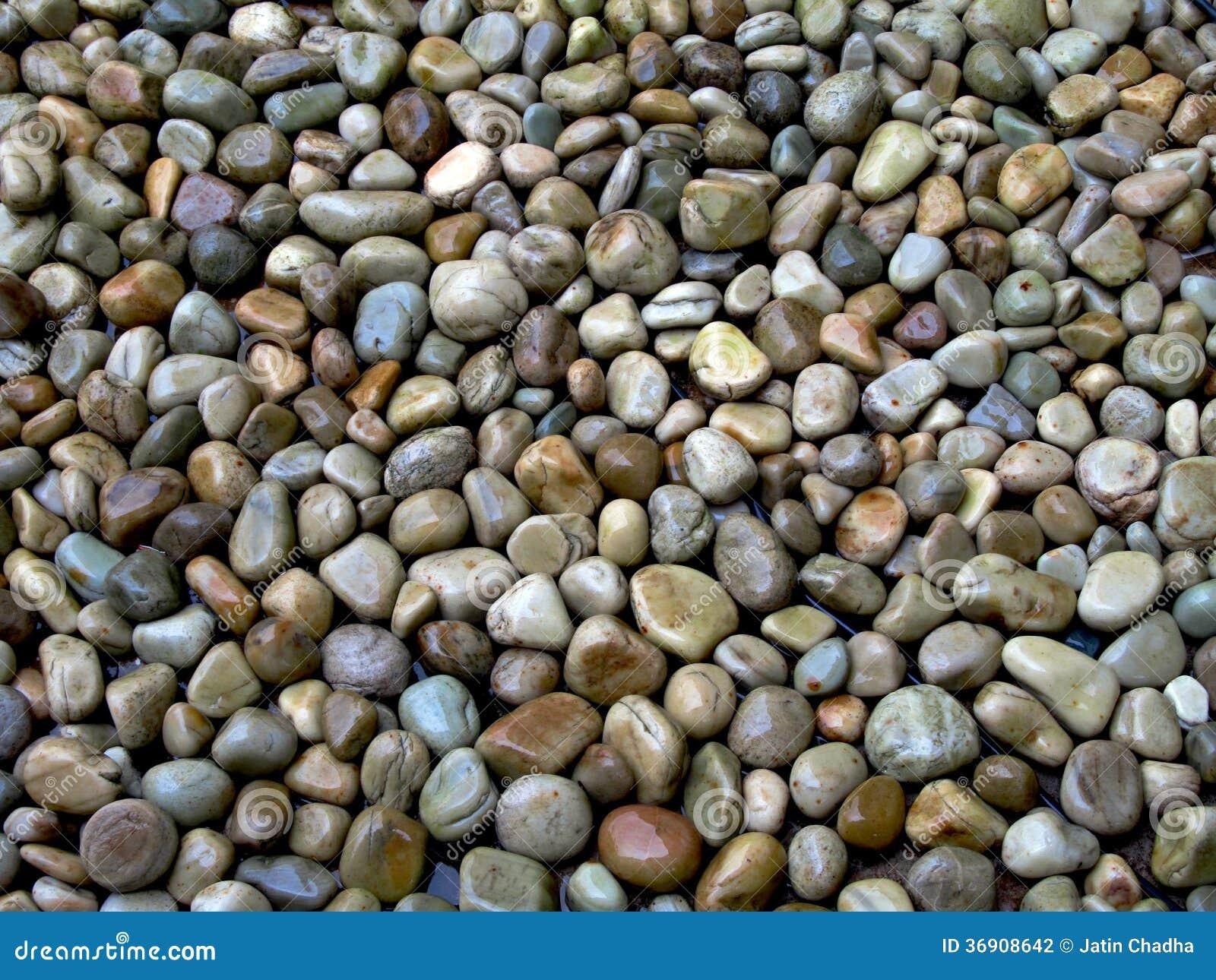 Piedras guijarros del r o fotograf a de archivo imagen for Decoracion en piedras de rio