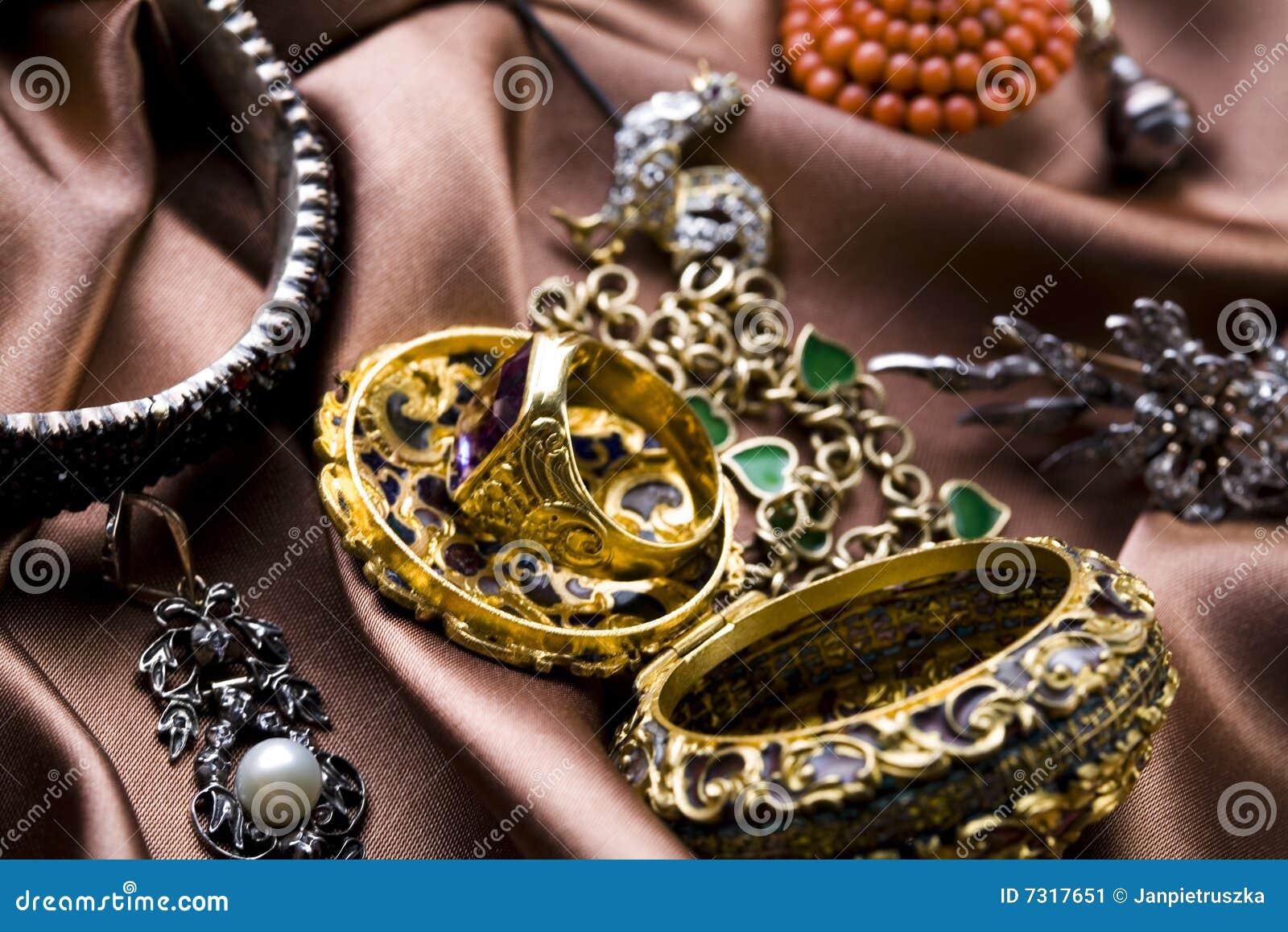 Piedras preciosas - joyas