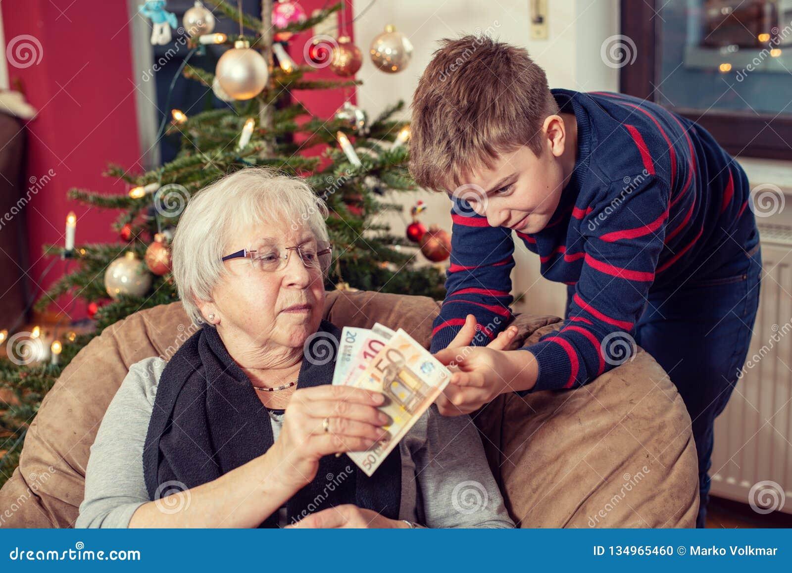Pieniądze prezent dla wnuka