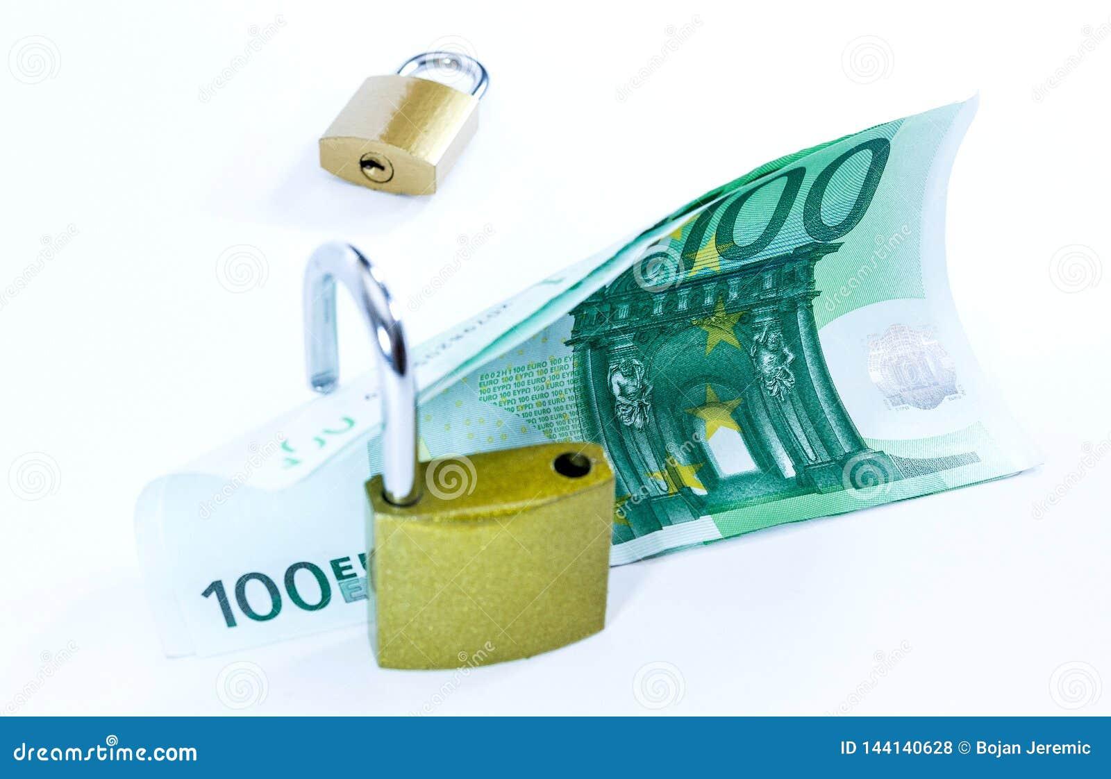 Pieni?dze warto?ci Euro banknoty z k??dk?, unia europejska system p?atno?ci