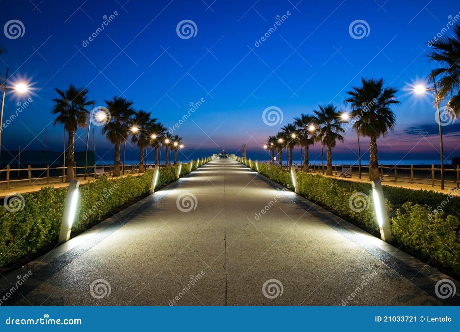 Pier am Sonnenuntergang