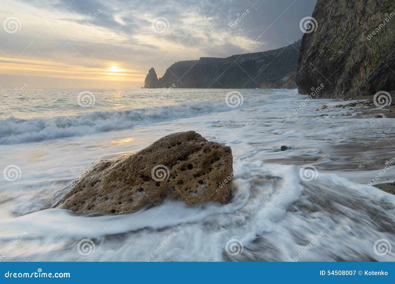 Pierre sur la plage