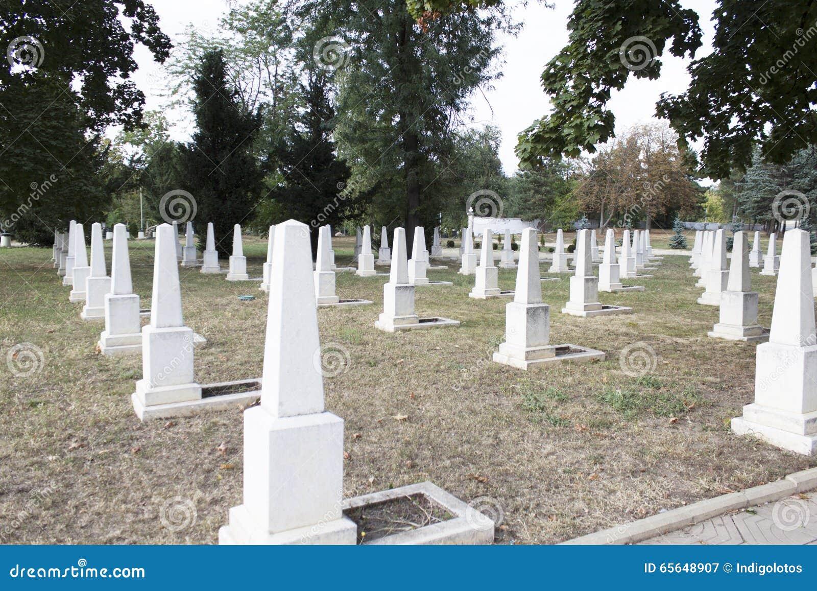 Pierres militaires de blanc de cimetière