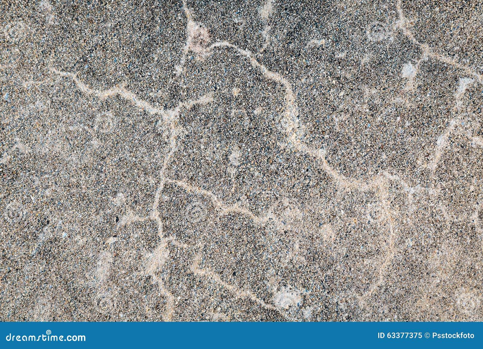 Pietra della ghiaia con il pavimento del cemento immagine stock