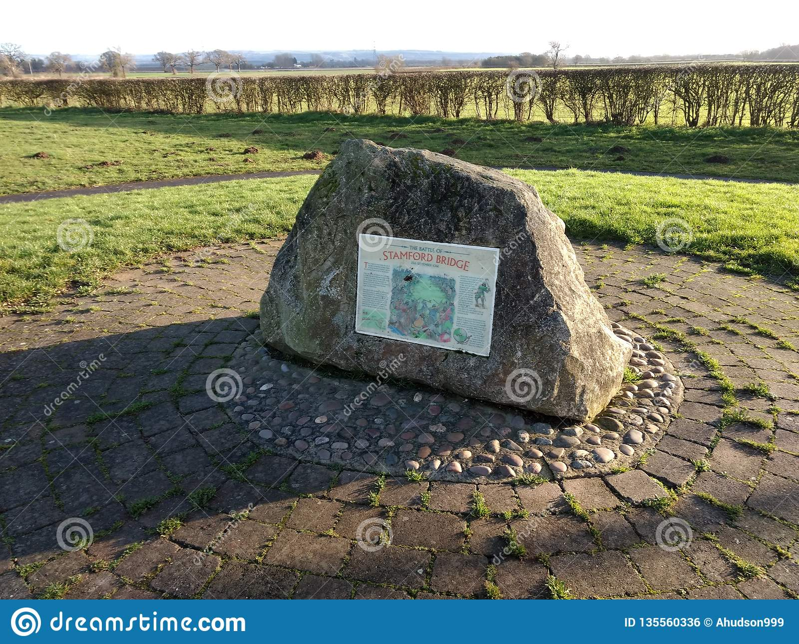 Pietra di commemorazione di battaglia del ponte di Stamford