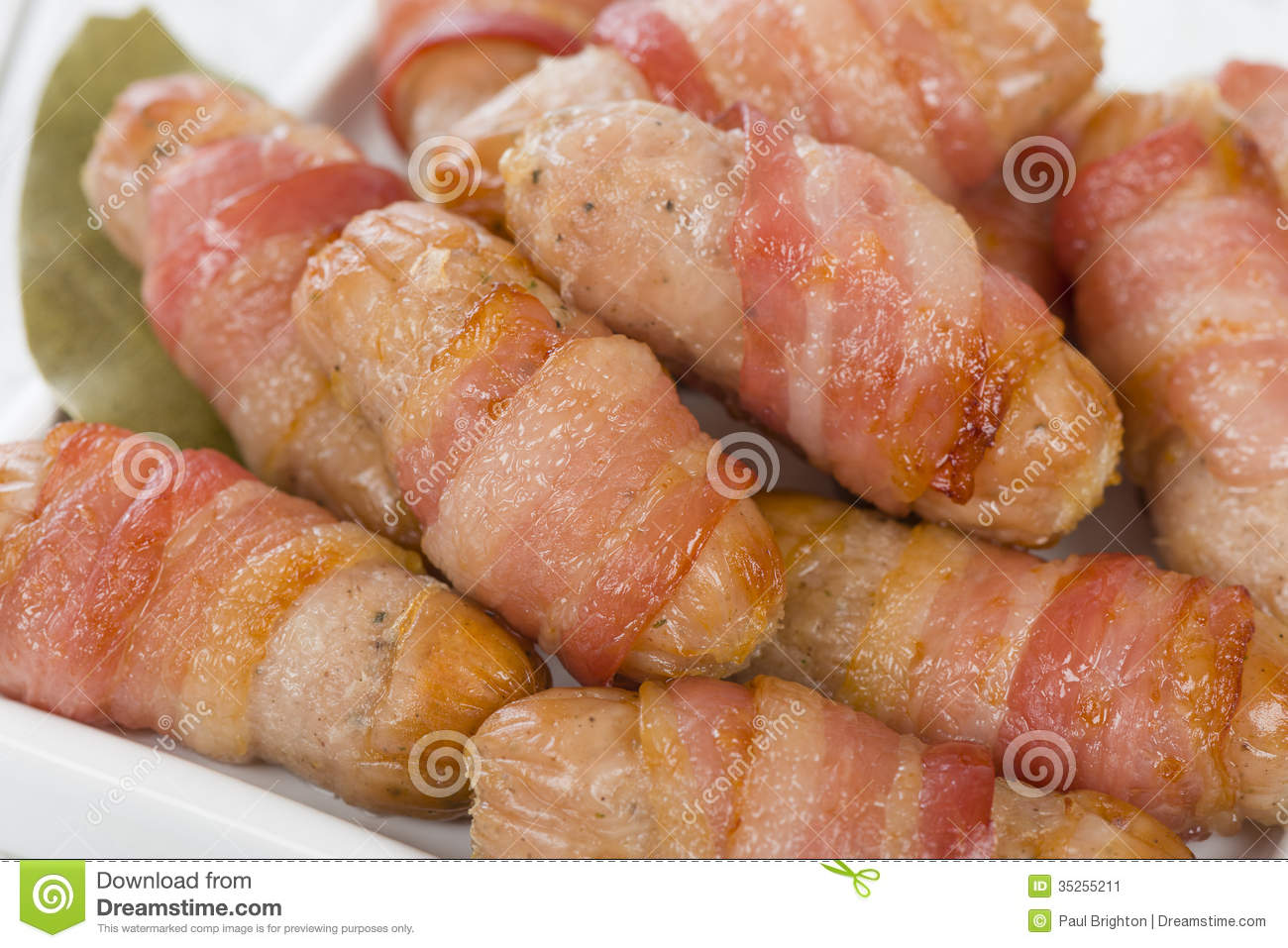 Traditional English Christmas Dinner.Pigs In Blankets Stock Image Image Of Cocktail Cuisine