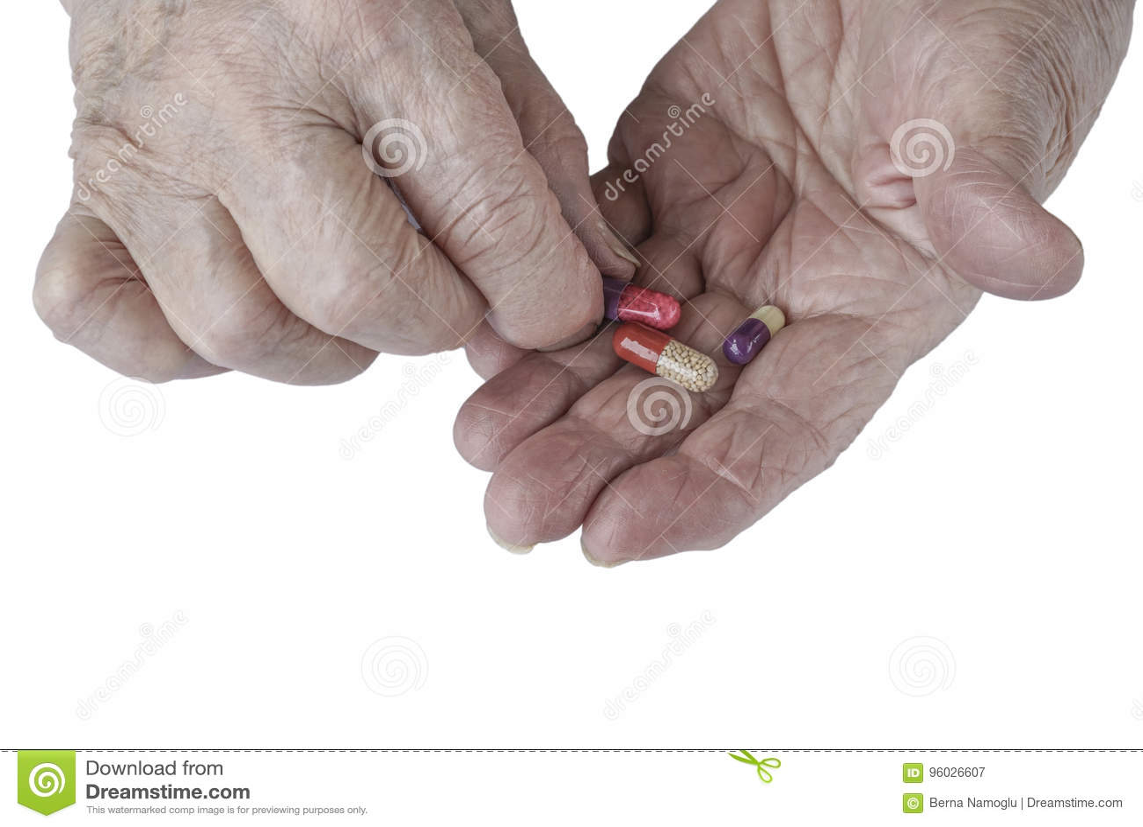 Pigułki na palmie starsza osoba