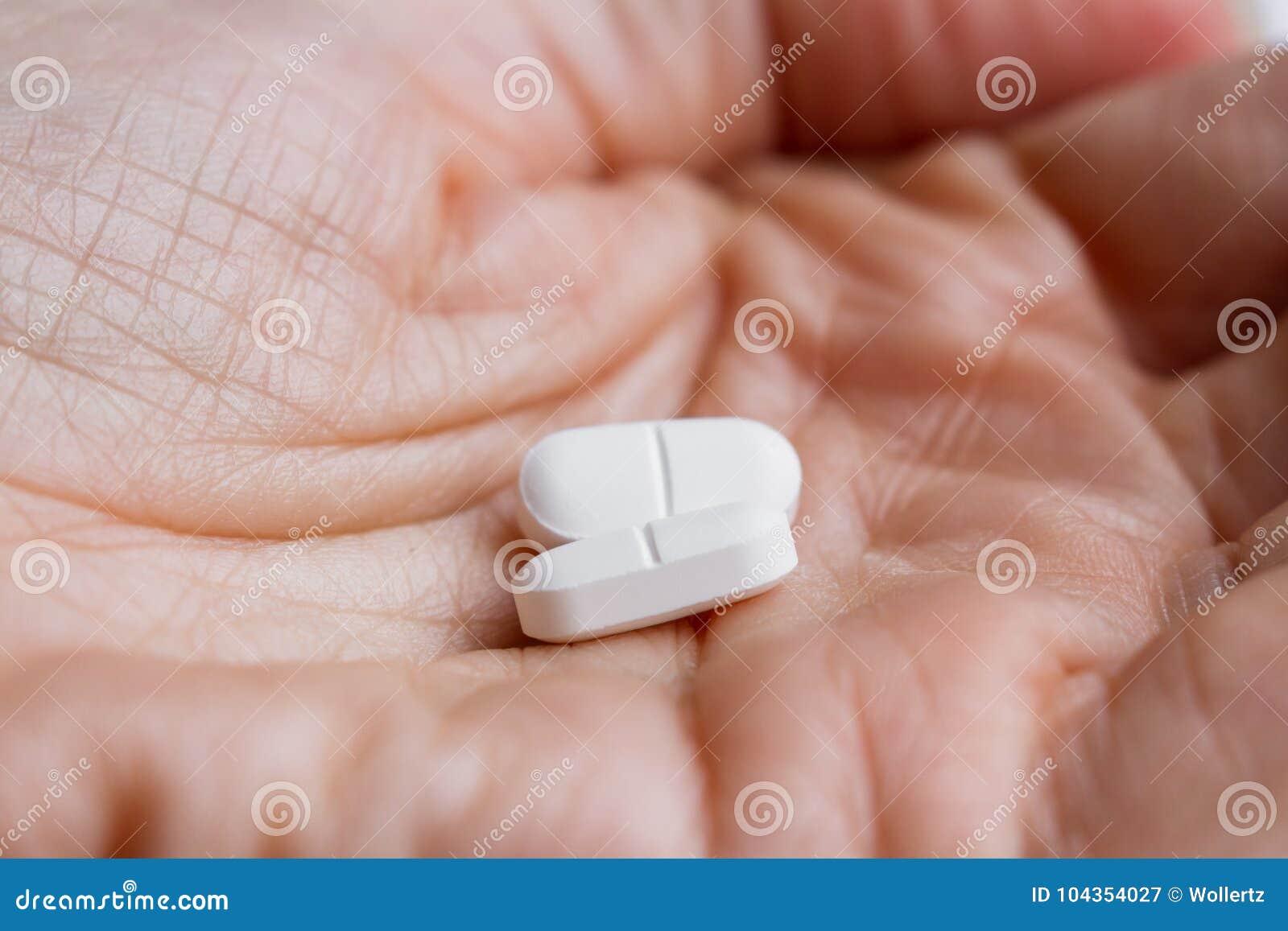 Pijnmoordenaars in een hand