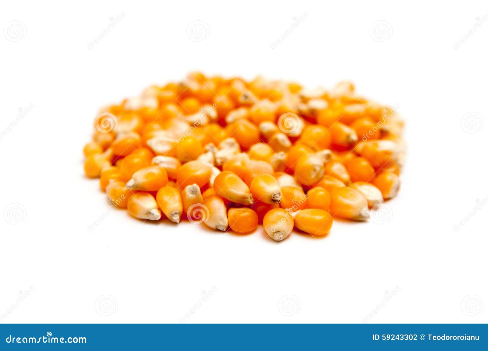 Pila de las habas del maíz