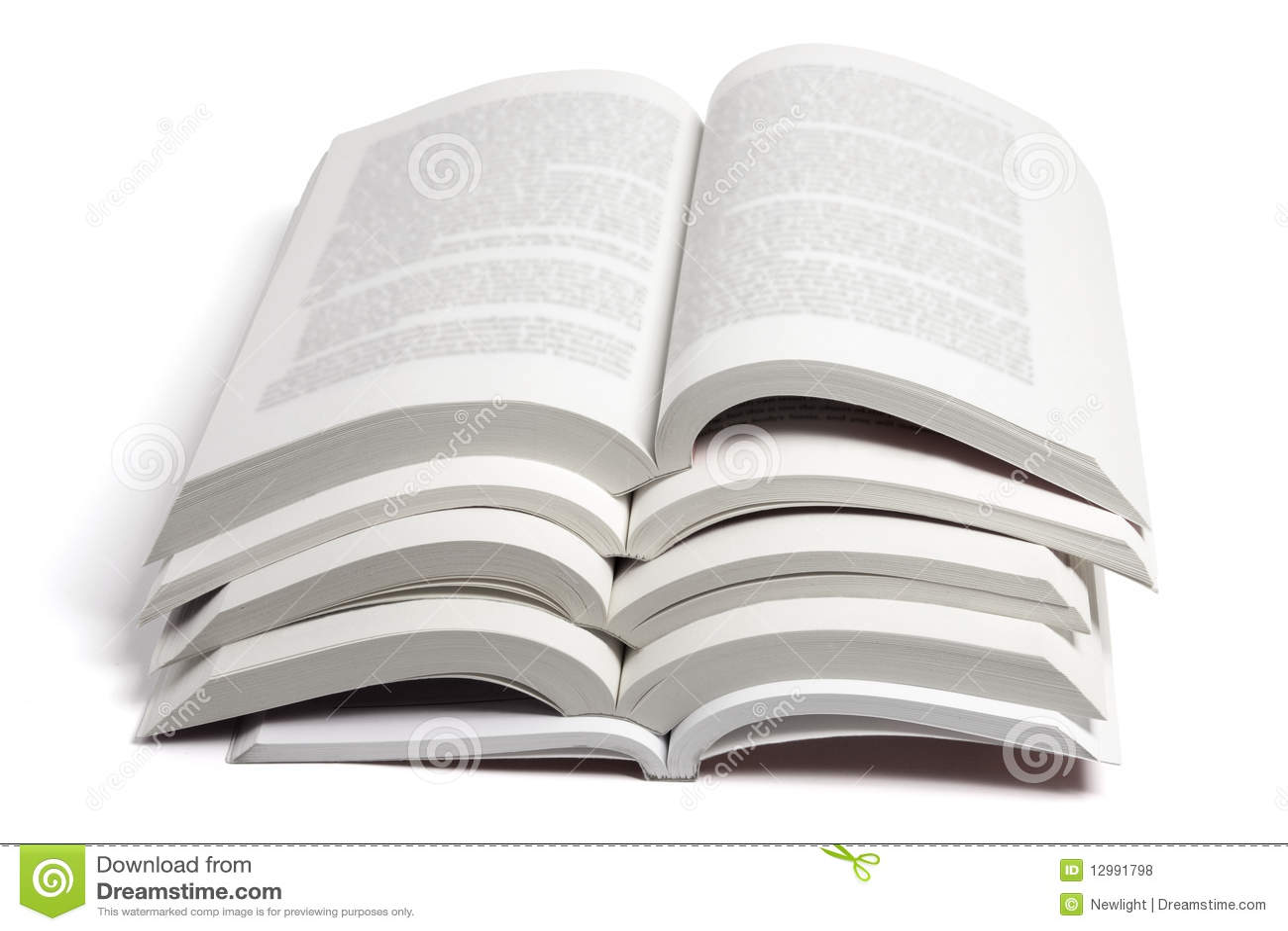 Fotos De Archivo Libres De Regal  As  Pila De Libros Abiertos