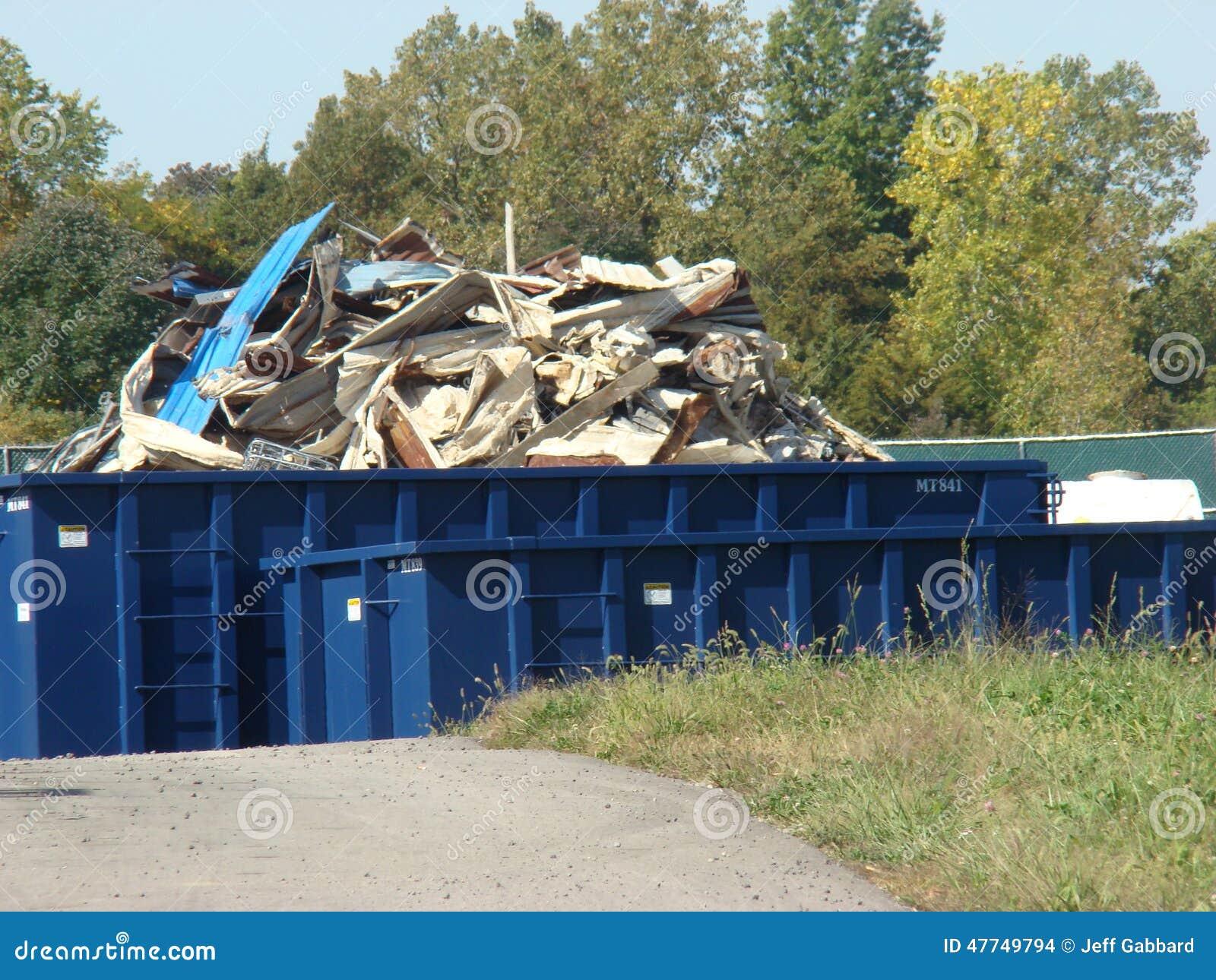 Pila de metal para reciclar