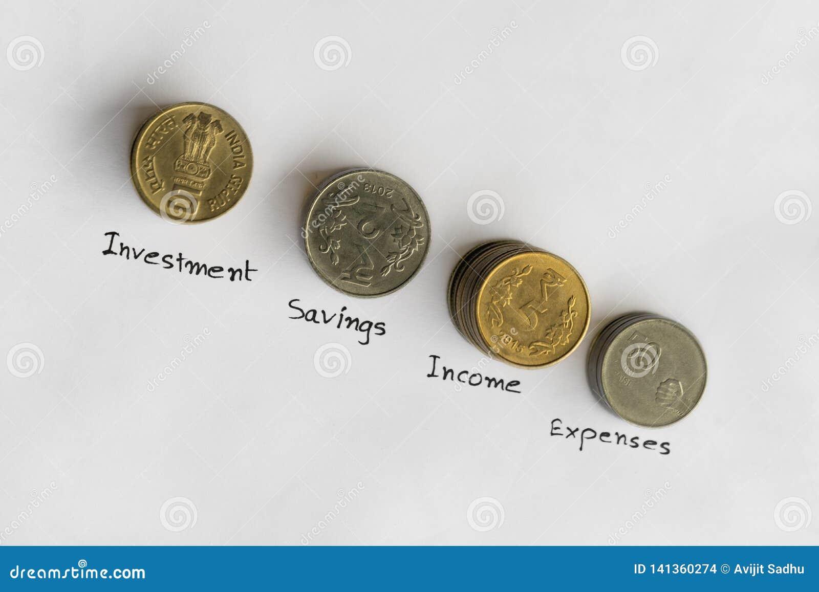 Pila de monedas para las finanzas y los ahorros