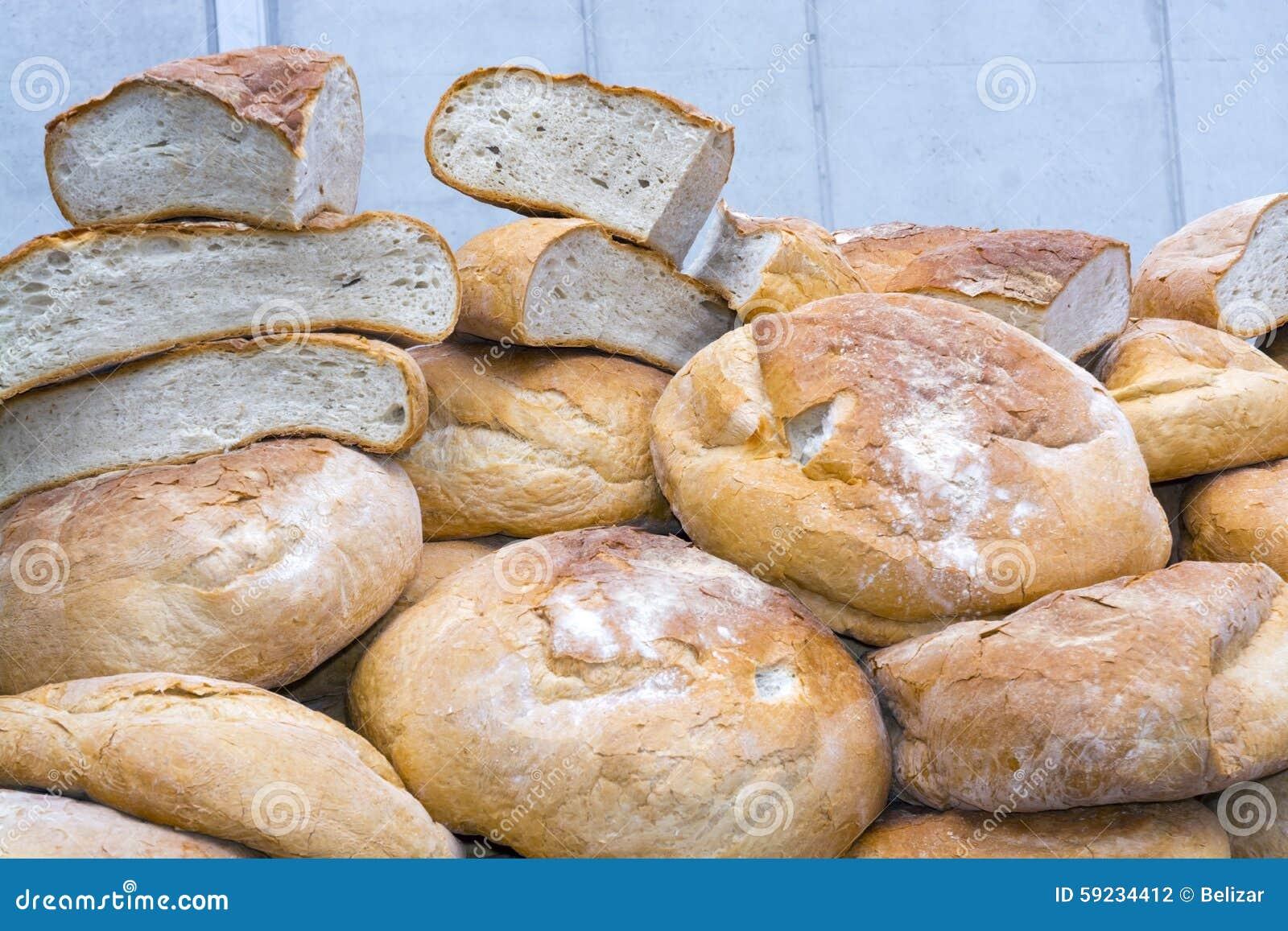Download Pila de pan foto de archivo. Imagen de panadería, hungría - 59234412