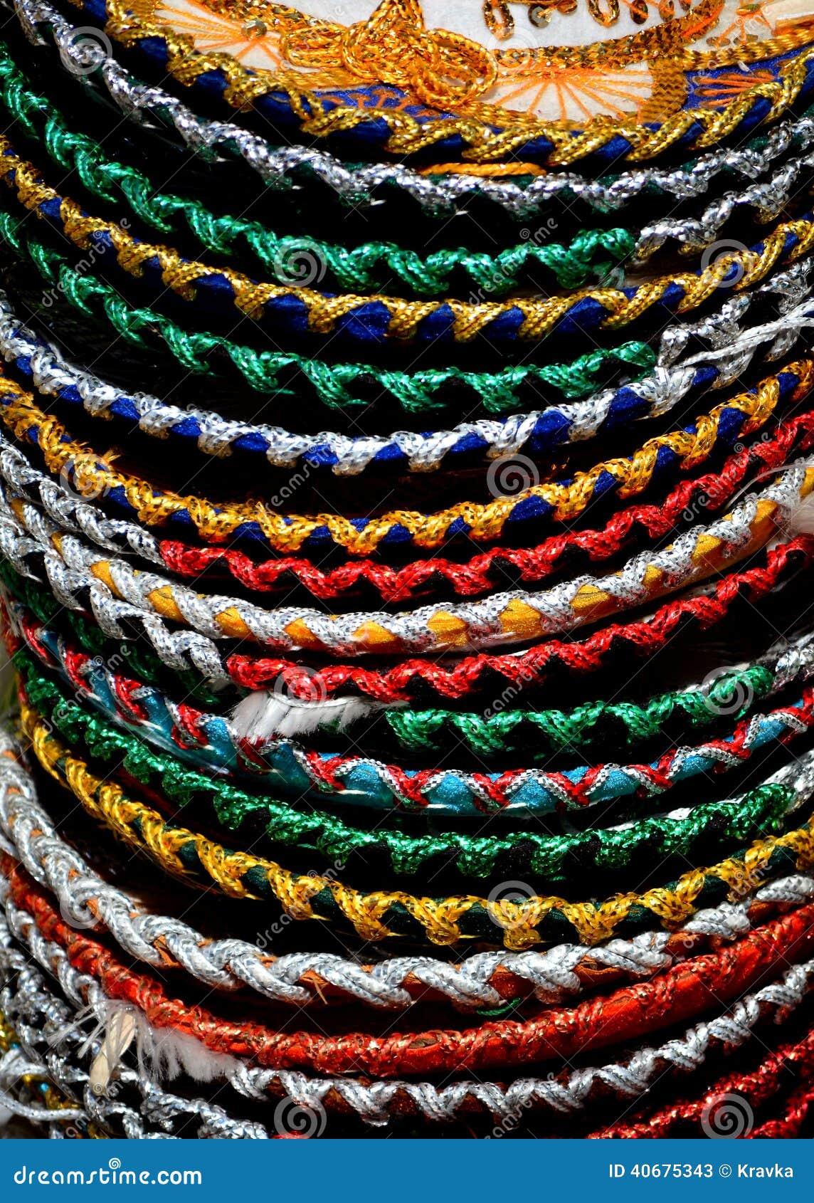 Pila de sombrero mexicano imagen de archivo. Imagen de muchos - 40675343 93397bb31f7