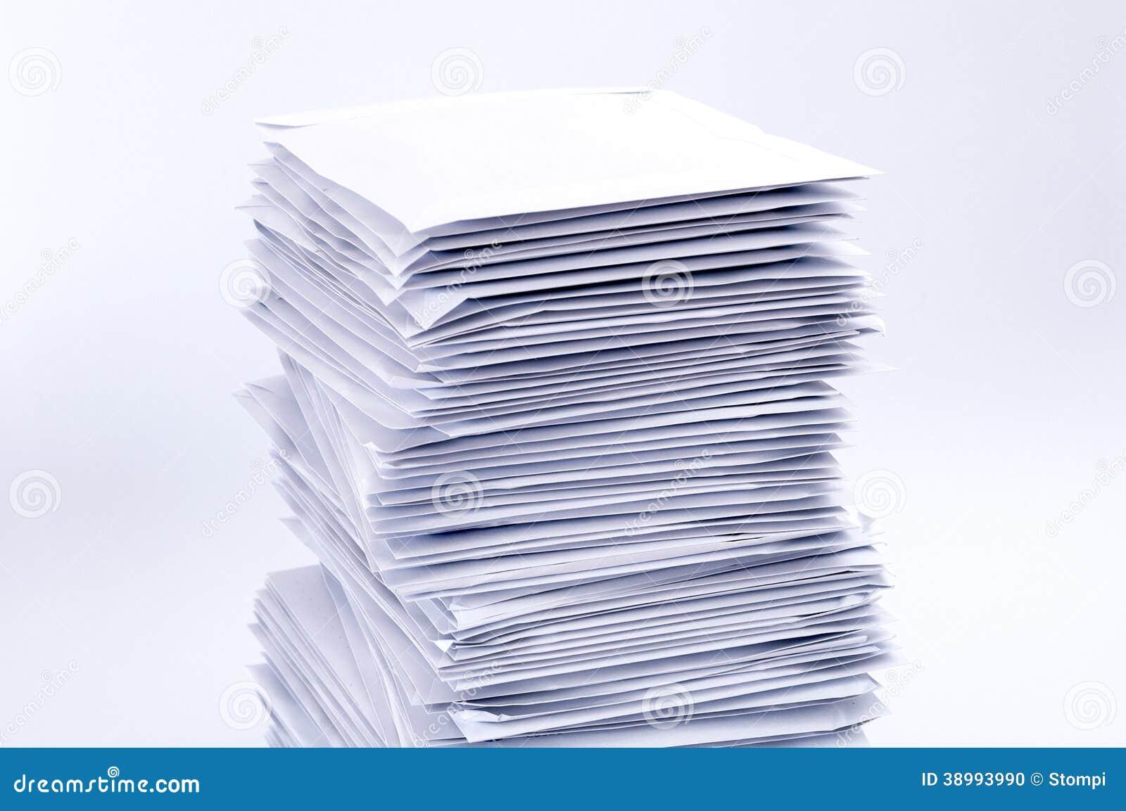 Pila di lettere della posta