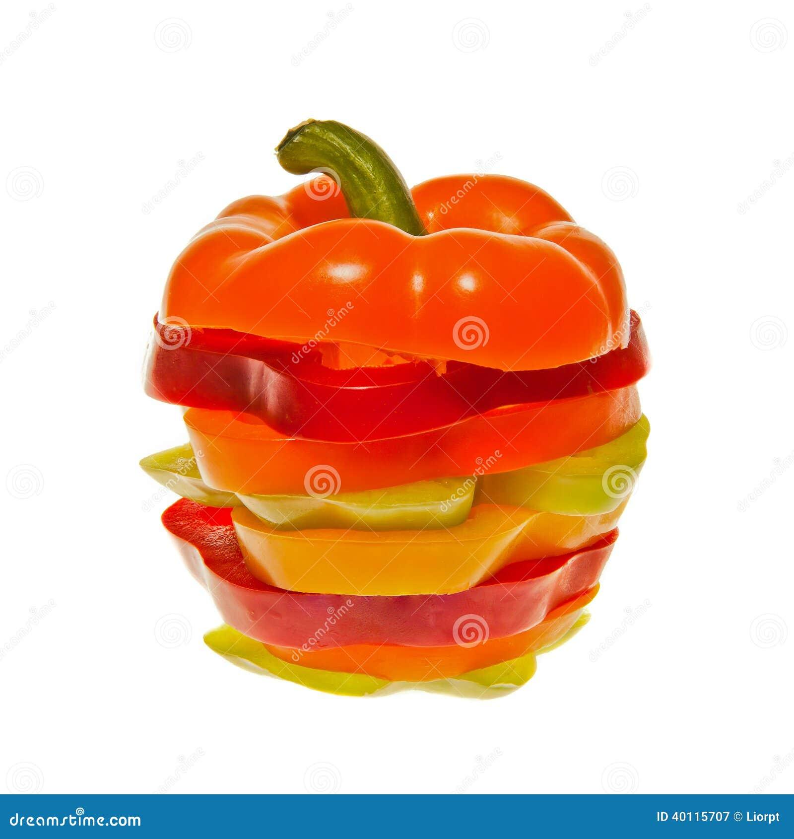 Pila di peperoni dolci affettati