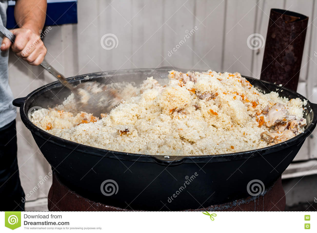 how to cook rice in a big pot