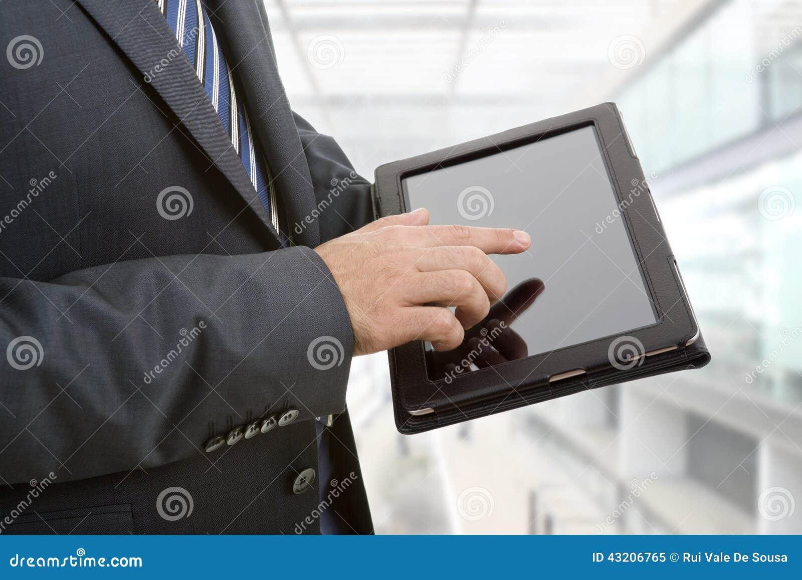 Download Pilar Kan Ta Bort Tycker Om, Om Den Separata LagerbehovsPCen Tablet Dem Dig Fotografering för Bildbyråer - Bild av manlig, affär: 43206765