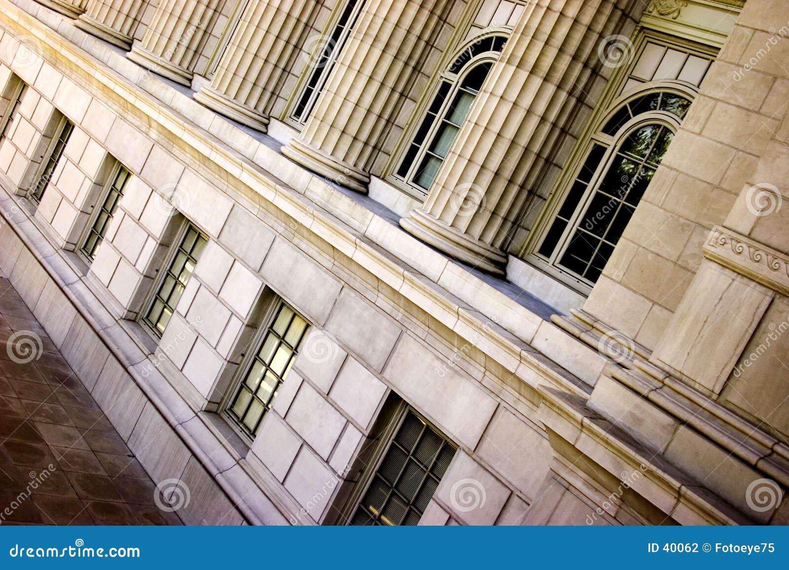 Download Pilares inclinados foto de archivo. Imagen de inclinación - 40062