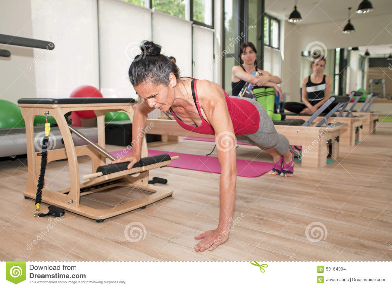 Stock images pilates on chair image 59164994 for Gimnasio pilates