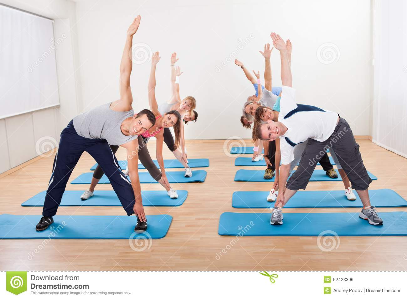 Pilates class exercising in a gym stock photo image for Gimnasio pilates