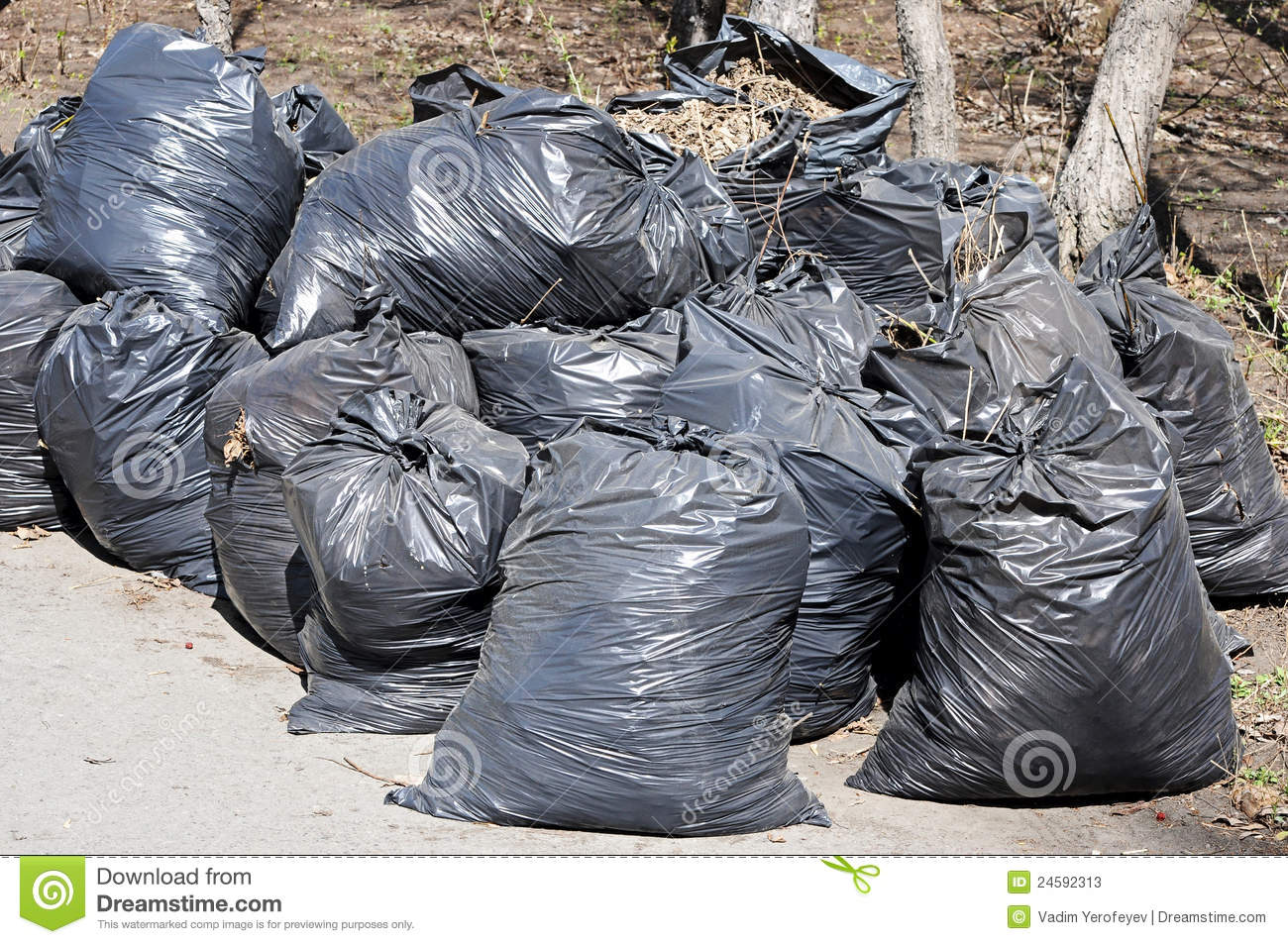 A Pile Of Black Garbage Plastic Bags Stock Photos - Image ...