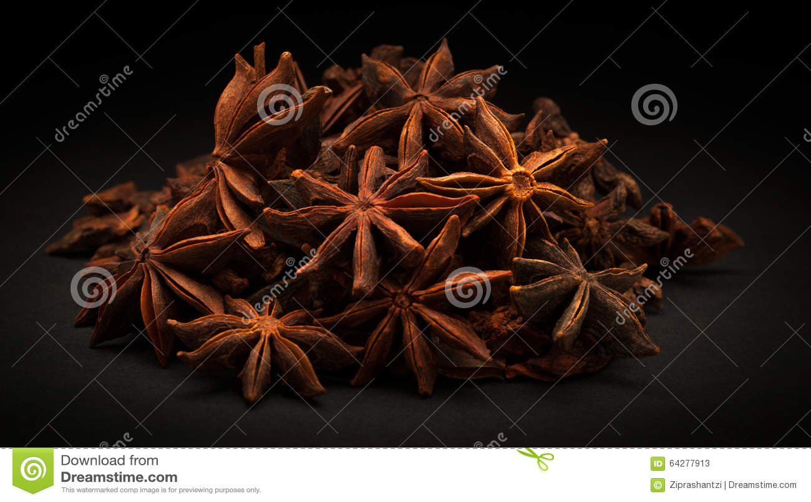 Pile d anis d étoile organique (verum d Illicium)