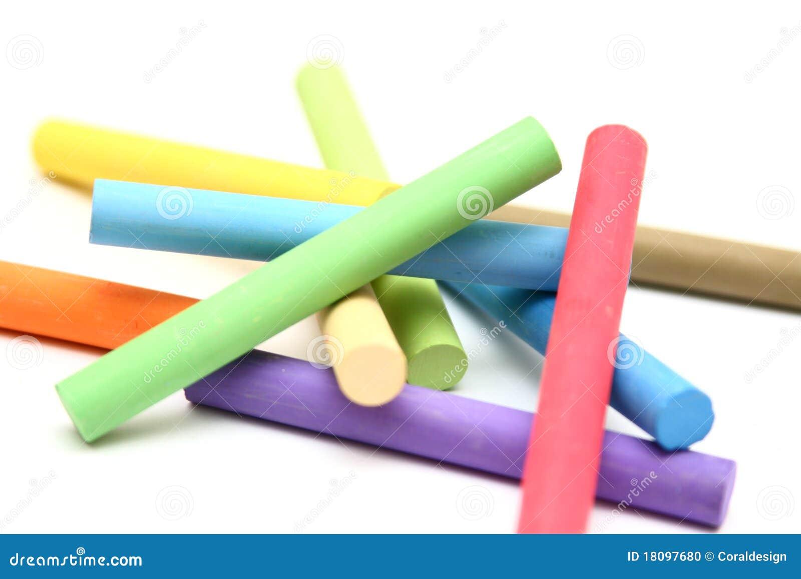 pile de b tons de craie de couleur photo stock image 18097680. Black Bedroom Furniture Sets. Home Design Ideas
