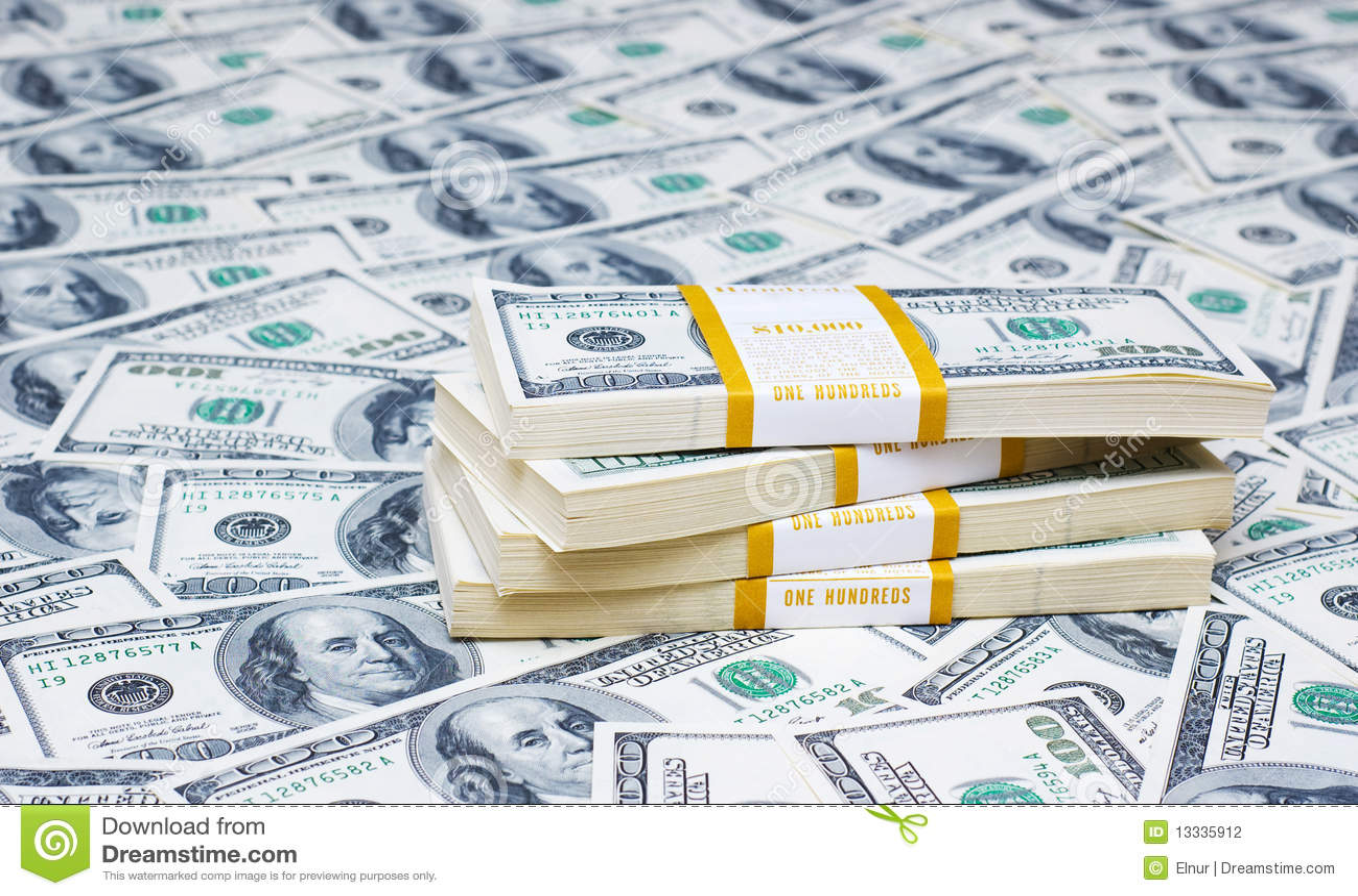 Pile de dollars sur l argent