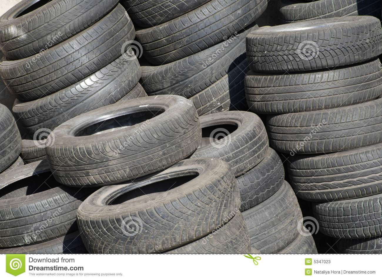 pile of used tires stock photos image 5347023. Black Bedroom Furniture Sets. Home Design Ideas