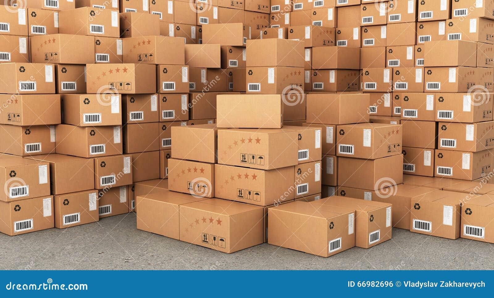 Piles de boîtes en carton