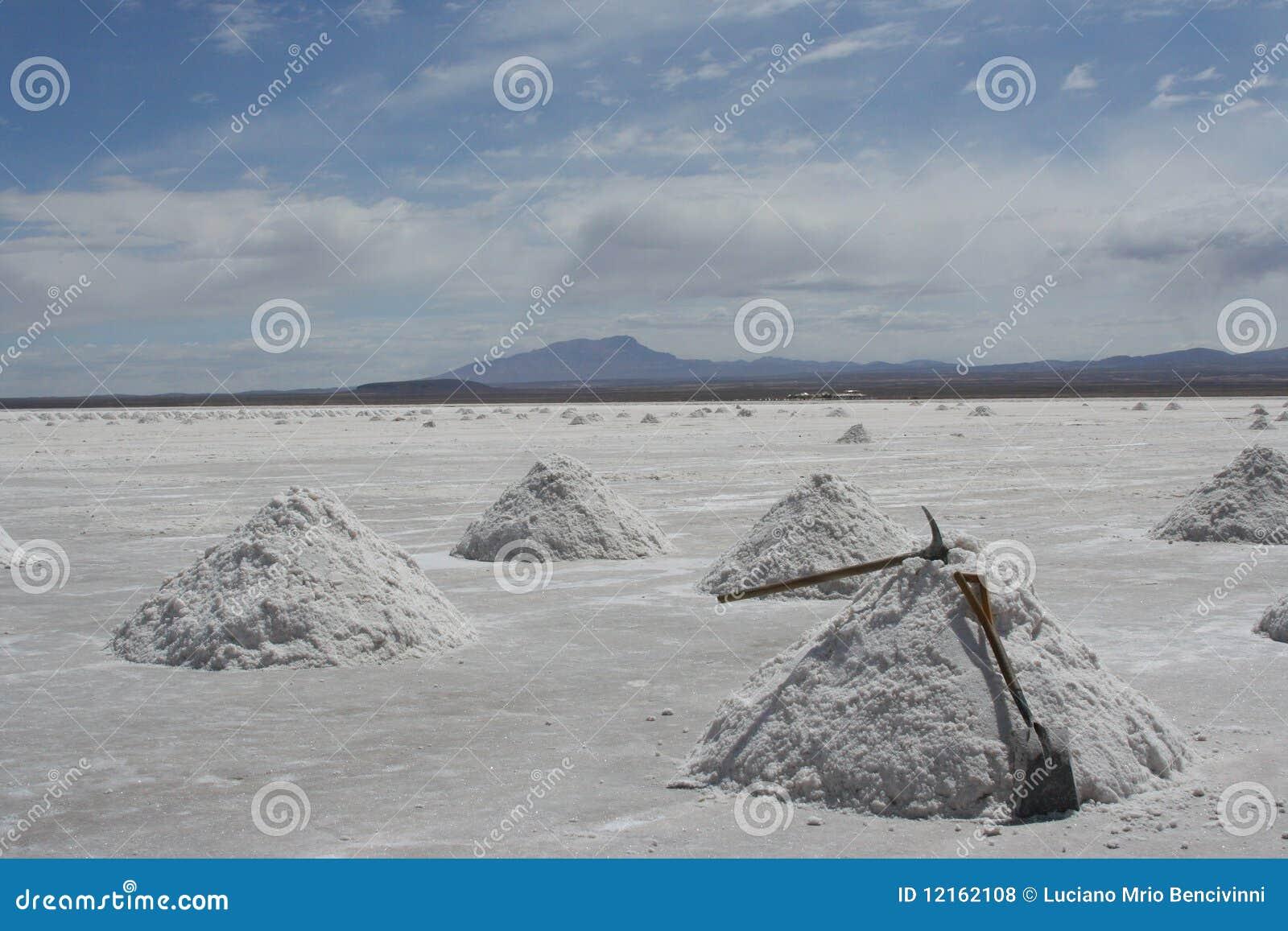 Piles de sel à salar de uyuni