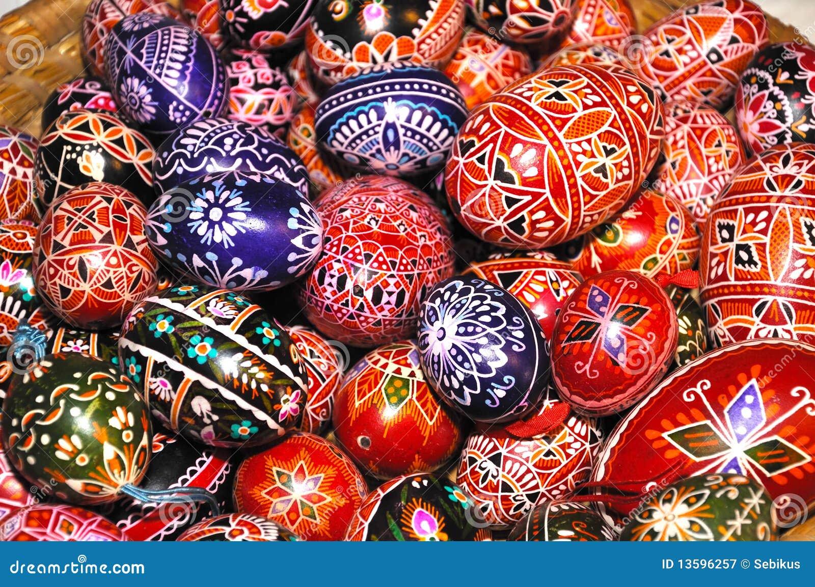 Pilha de ovos de Easter