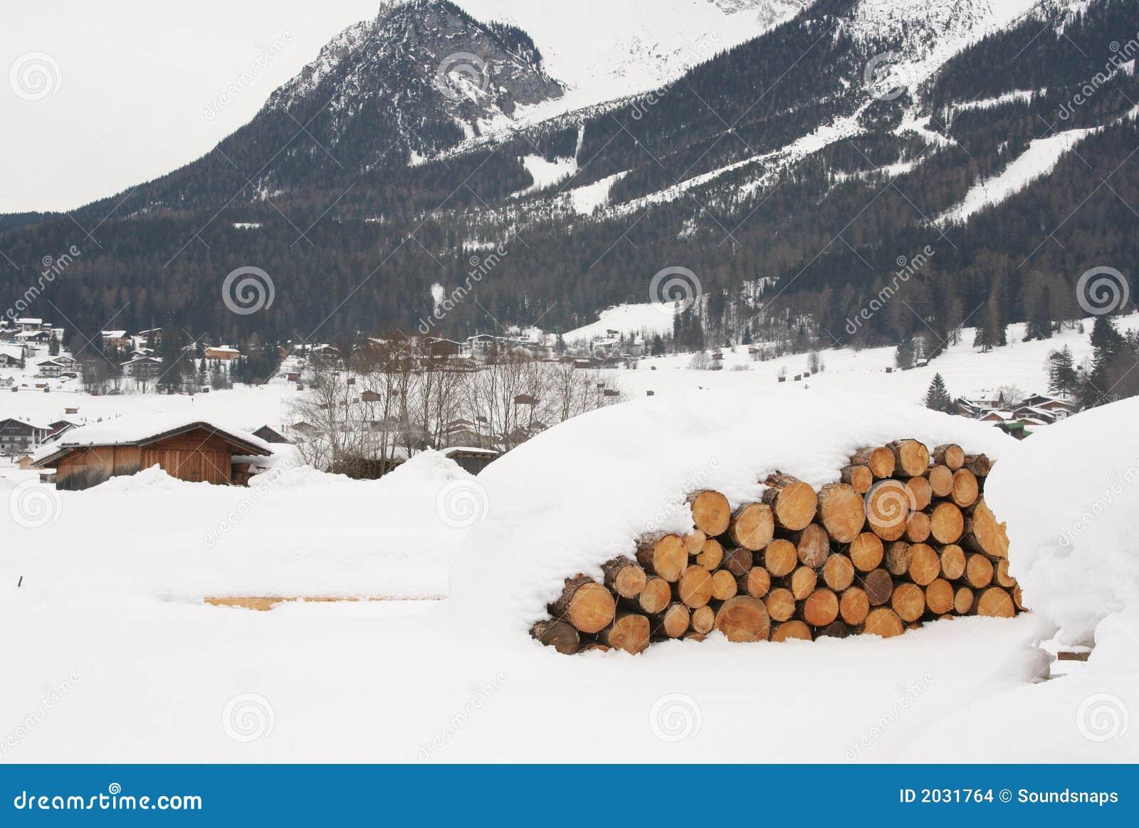 Pilha do registro em alpes austríacos