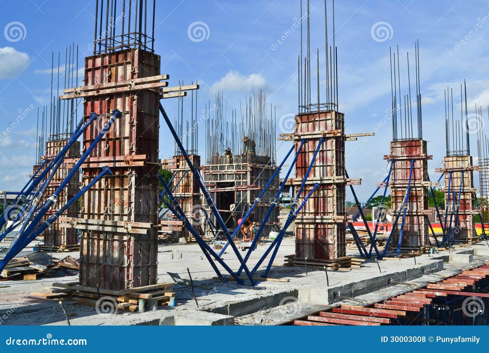 pilier de ciment de b timent dans le site de construction photo stock image 30003008. Black Bedroom Furniture Sets. Home Design Ideas