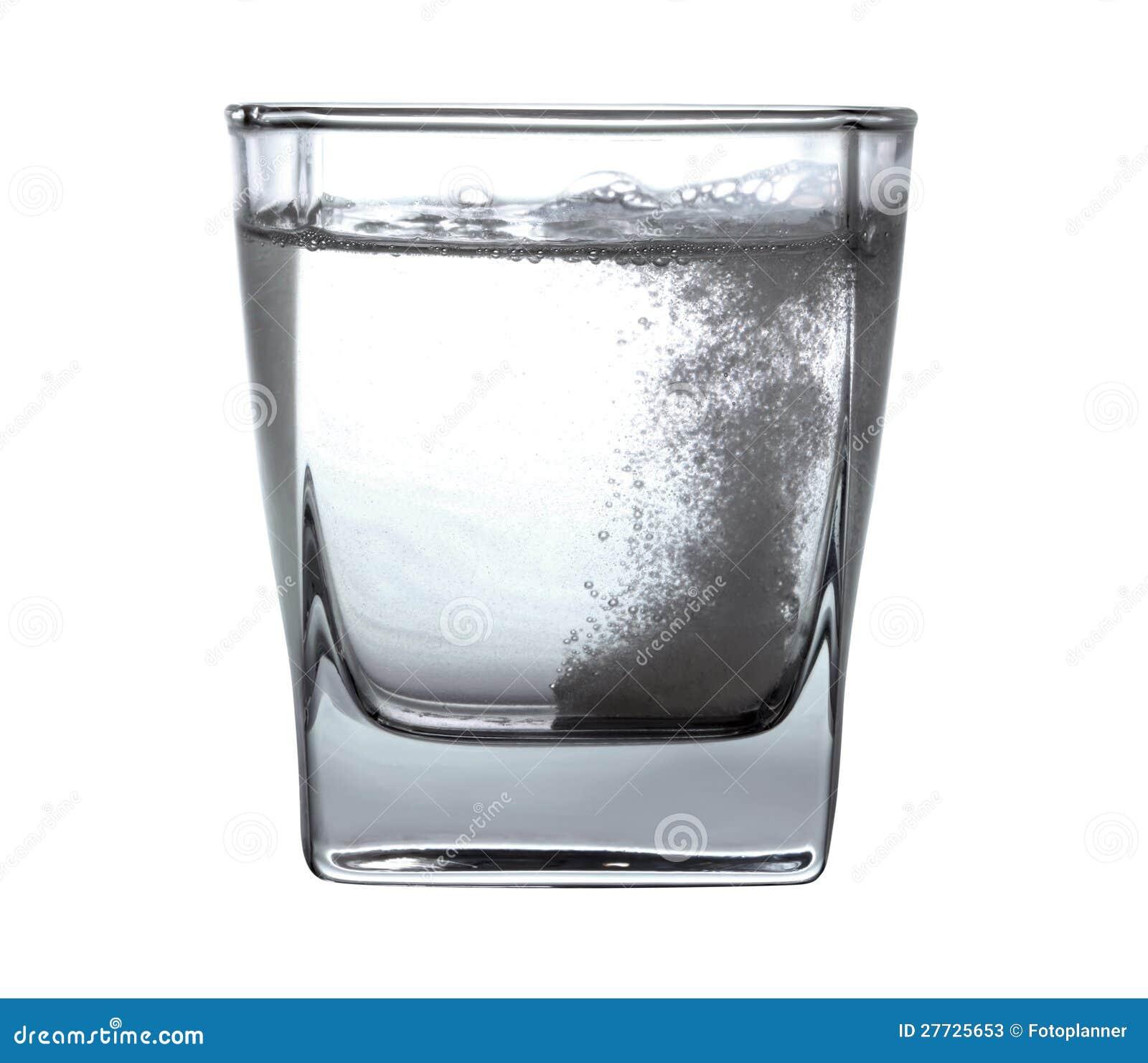 Pillule dans l eau