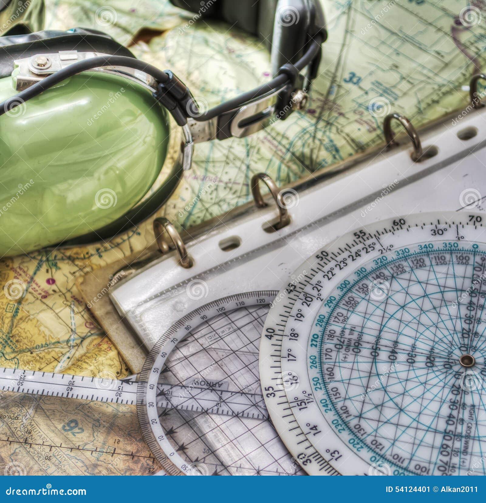 Pilot- hörlurar med mikrofon och andra hjälpmedel i hdr