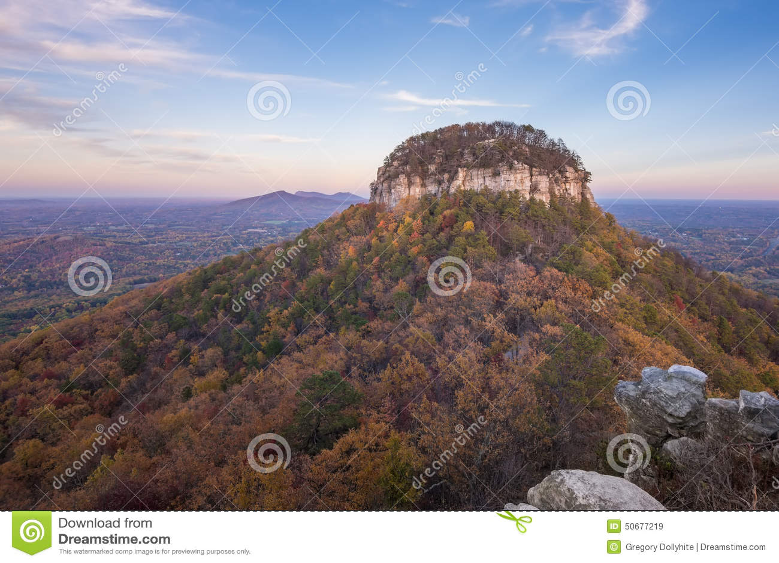 Pilot Mountain im Herbst