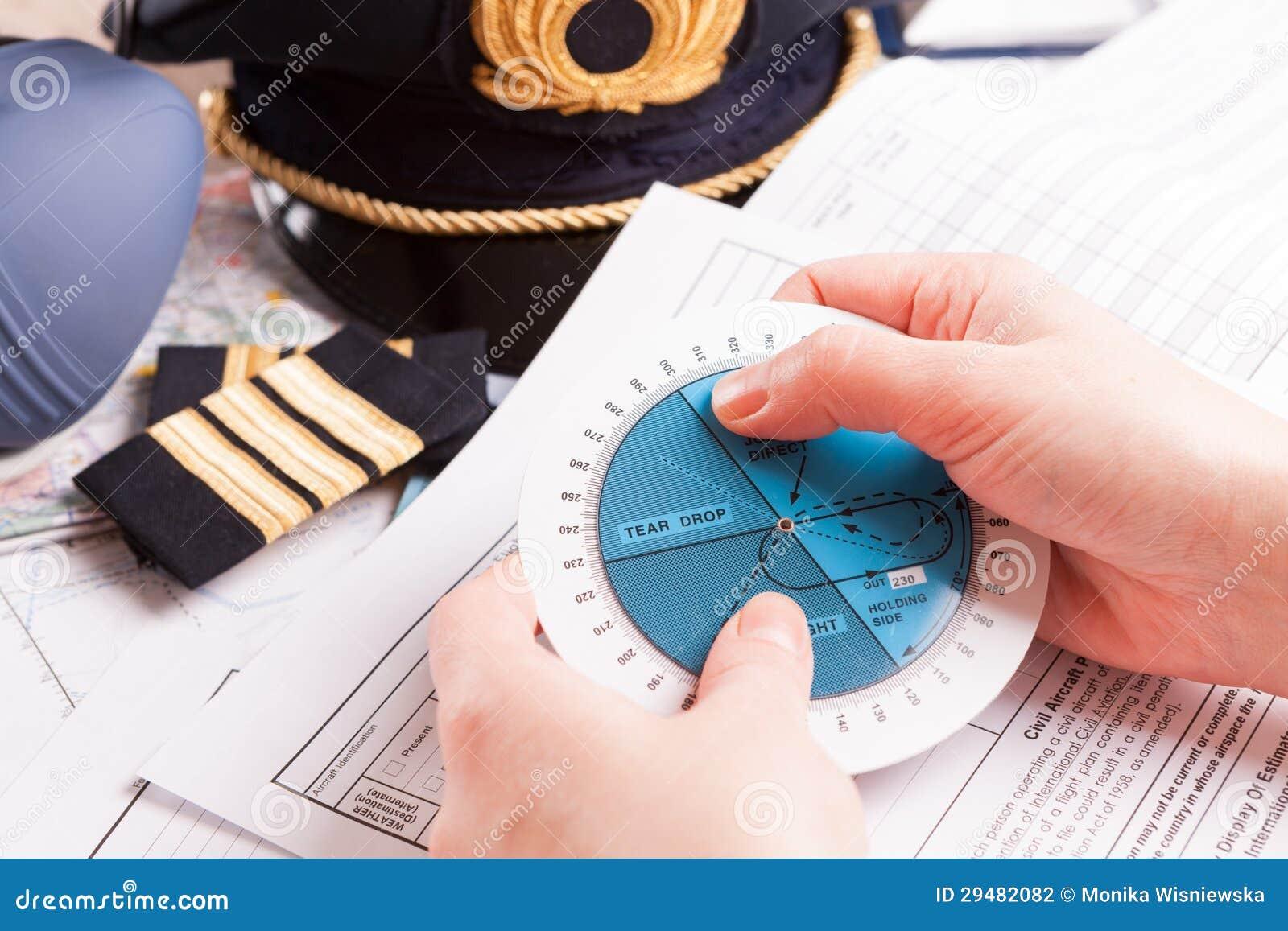 Pilote d avion remplissant en vol plan