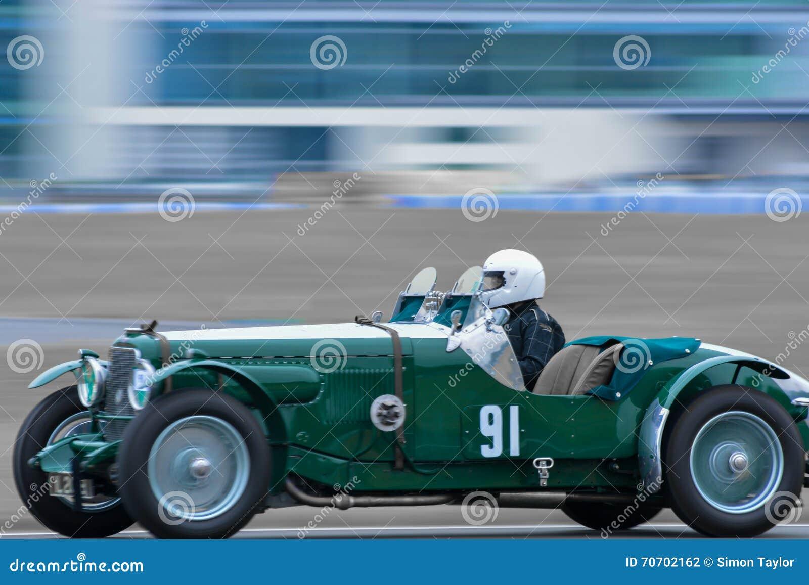 Voiture Pilote Course Sport Vintage De Photographie Nm08nw