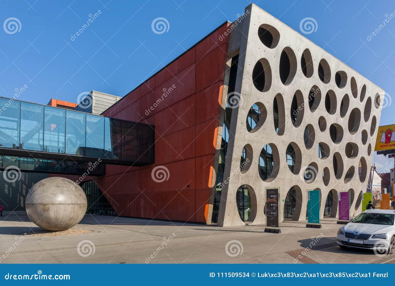 Pilsen Tjeckien - 02/21/2018: Den nya etappen, ny teater