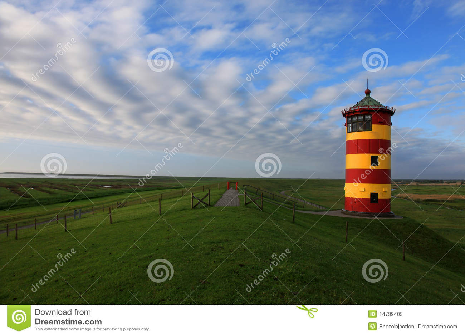 Pilsum Greetsiel light house